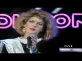 Valerie Dore - Get Closer (Live)