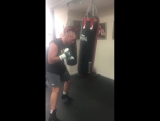 Tyson Fury of the working hard on the bags this morning. 02.09.2016