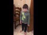 Папа случайно убил мышку при сыне