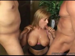Порно камшот гангбанг фото 385-398
