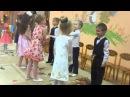 Весёлый танец мальчика с девочкой СМОТРЕТЬ ДО КОНЦА