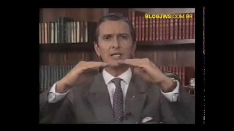 Pronunciamento de Fernando Collor de Mello (PRN) em rede nacional antes do impeachment (legendado)