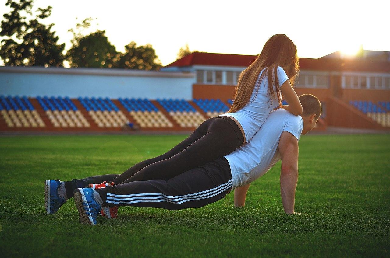 Девушки занимающиеся спортом 16 фотография