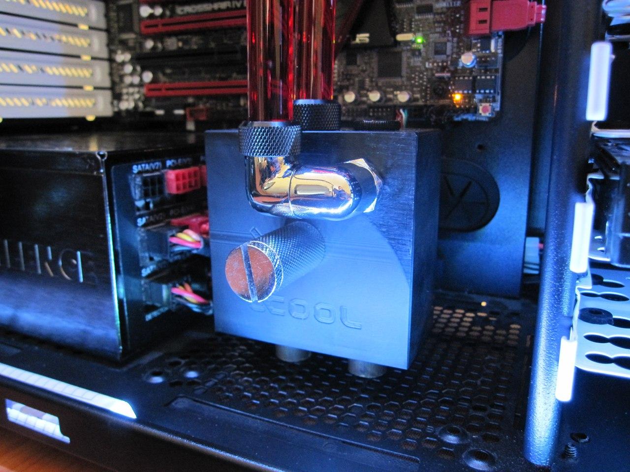 Водяное охлаждение компьютера Помпа