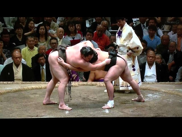 Sept 2012 - Day 15 - Hakuho v Harumafuji - Final Match!