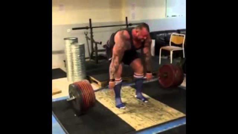 Хафтор Бьорнссон - Становая тяга 400 кг (Тренировка, февраль 2016)