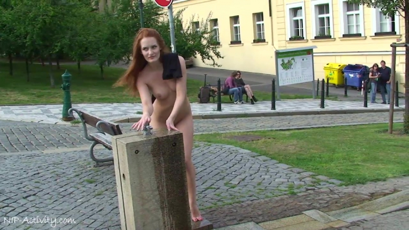 Denisa Nude in Public 2