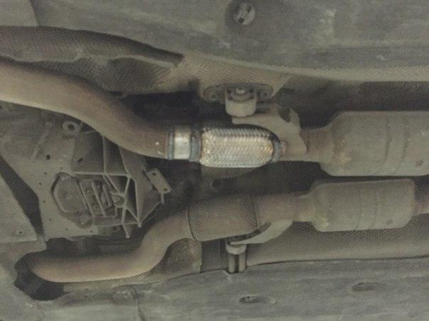 Замена гофры глушителя на Audi A8 в СПБ