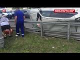 BMW перевернулся в результате столкновения трёх автомобилей в центре Москвы