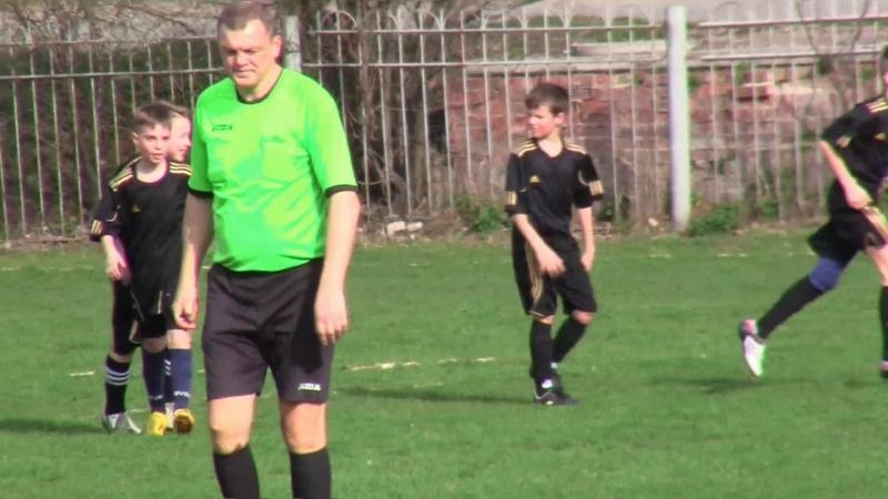 Гравці F.S.ProffiBall U-12 за команду МЦРДП vs Летичів U-14 - 2:3 (06.04.2016)