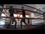 Чемпионка по тайскому боксу косит под новичка в зале xtvgbjyrf gj nfqcrjve ,jrce rjcbn gjl yjdbxrf d pfkt