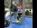 Юрий Белкин, приседает 340 кг на 4 повтора в бинтах собственным весом 102 кг!!