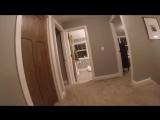 Ребенок играет в прятки с родителями, снимая их поиски на GoPro