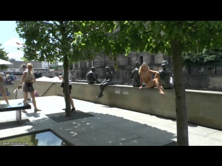 Bara Nude in Public 1