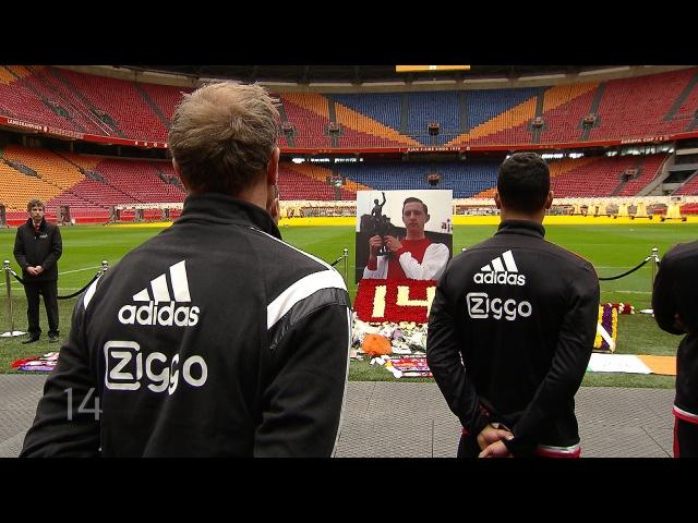 Bergkamp en A selectie bewijzen Johan Cruijff laatste eer