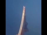 Лестница в небо - пиротехническая работа Cai Guoqiang