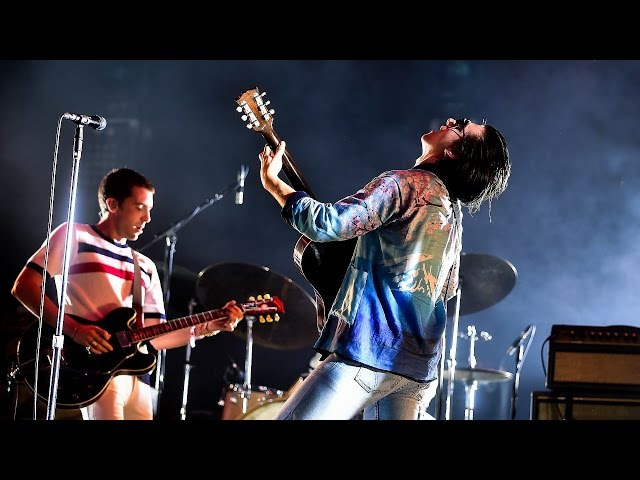 The Last Shadow Puppets - Standing Next To Me @ BBC Radio 1's Big Weekend 2016
