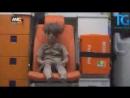 Halepte bombardımana maruz kalan çocuk Umran