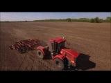 КИРОВЕЦ К-744Р обрабатывает почву