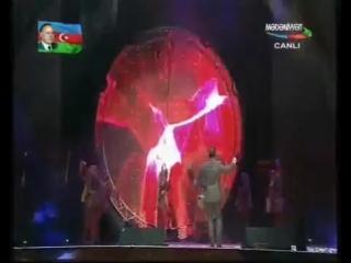 Adalet Shukurov (Адалят Шукюров) - Bu Yasil Agacin Alti Bizimdir (Бу Йашыл Агачын Алты Бизимдир)