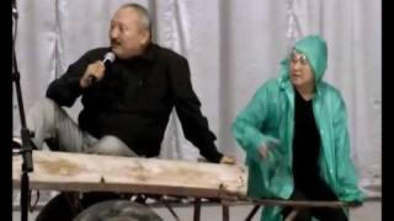Кычкыл Тамаша Эшектер, кытайлар жана куудулдар Абдылда, Рахман жана Боорончу