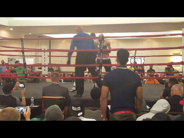 Mike Balogun vs Luther Smith 19 08 2016