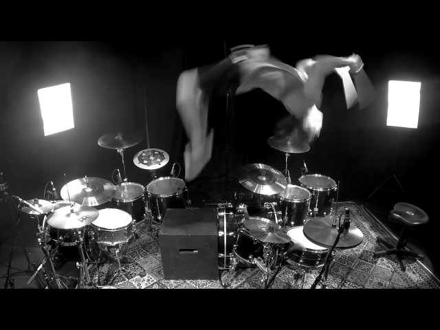 Aric Improta | Kitflip (Backflip Between 2 Drum Kits)
