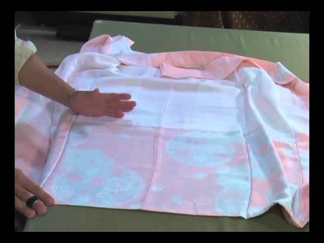 I am explaining how I sew a kimono. The kimono of お宮詣りの祝着Miyamairi