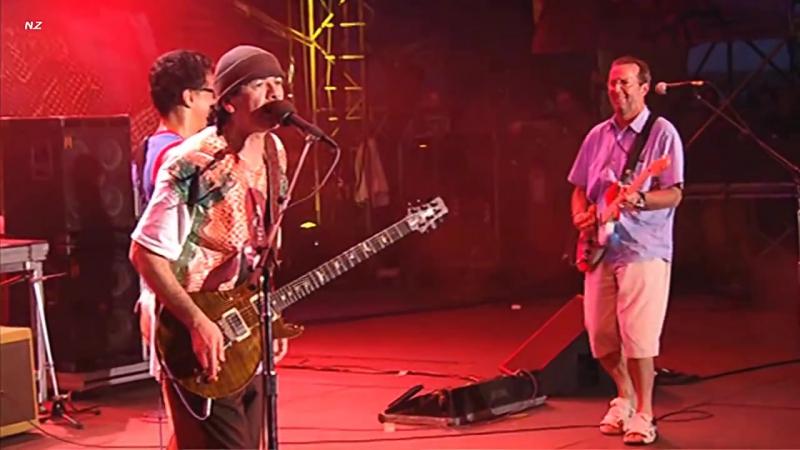 Carlos Santana Eric Clapton - JinGo (Jin-Go-Lo-Ba) (Live 2004)