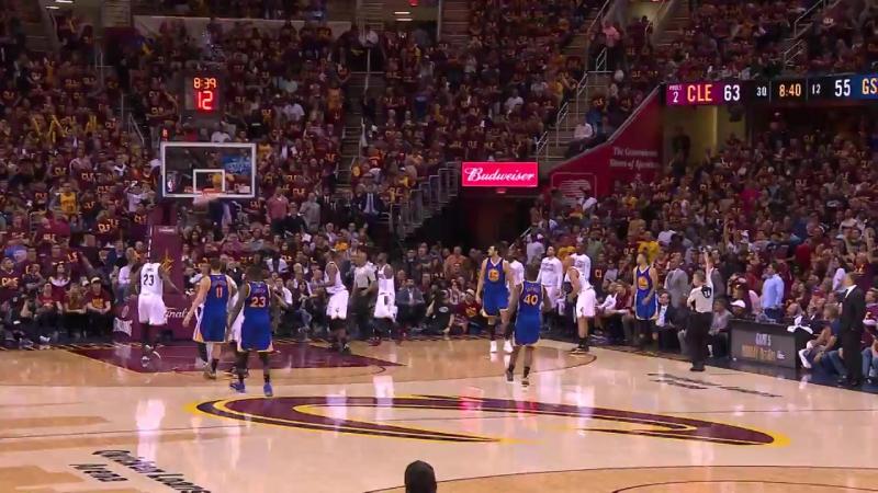 «Уорриорс» устанавливают рекорд финалов НБА, забросив 17 трехочковых в одной игре