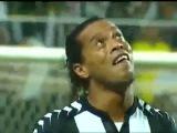 Копия видео Супер гол Рональдиньо!!