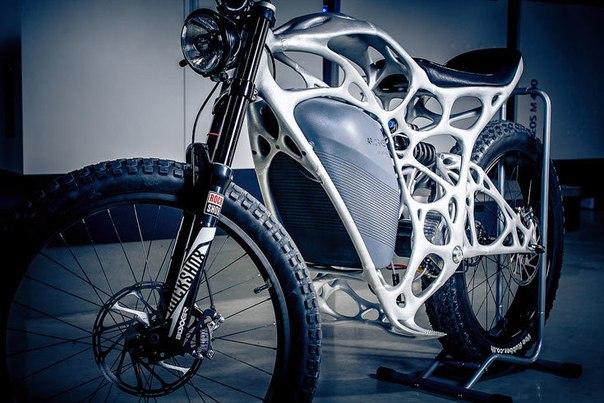 2qYutT5QNE0 Начат прием заказов на электроциклы Light Rider