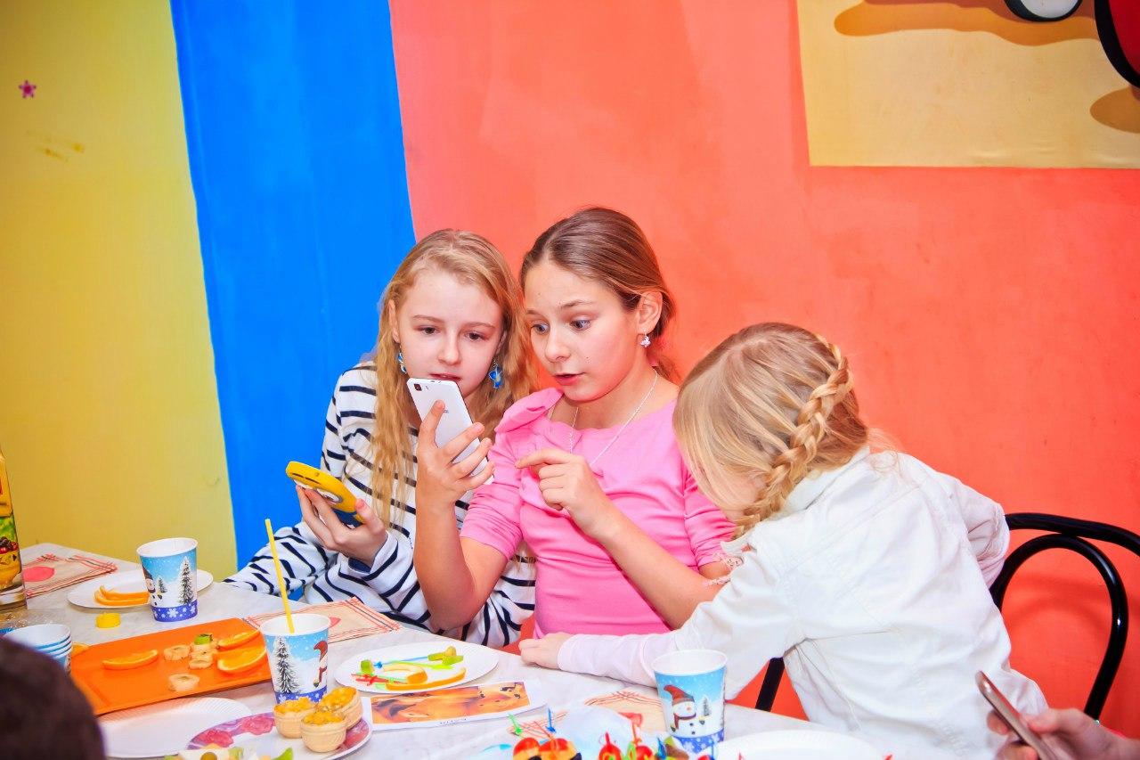 праздник для подростков в семейном центре Апельсин Запорожье