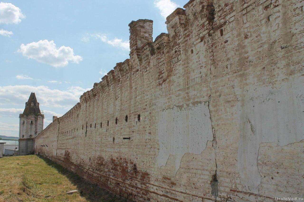Далматовский монастырь