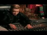 Darlene Love- All Alone On Christmas (1992)