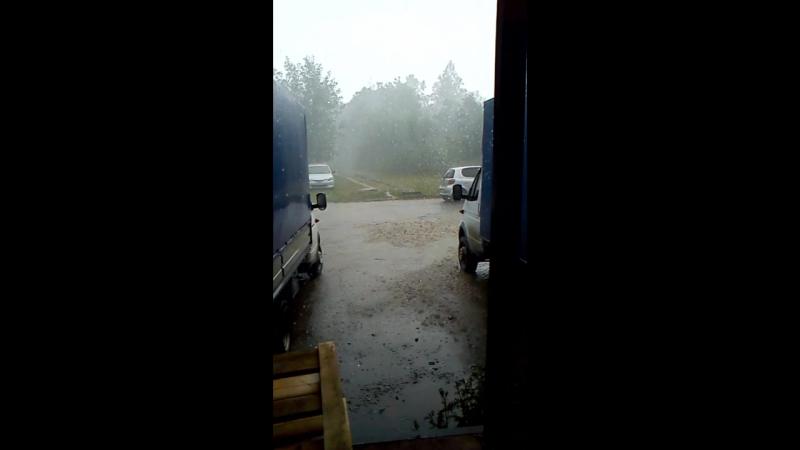 На Курск обрушился небывалый ураган и проливной дождь с градом!