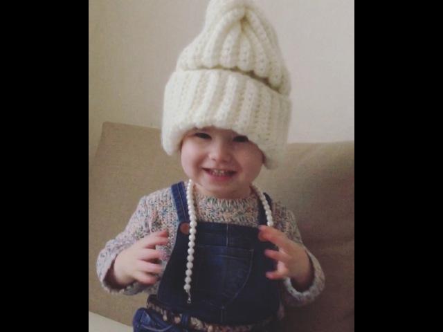 """Natasha💏💗👼 on Instagram Мамин жемчуг шапка и Елизавета готова к прогулке👌🏻👑"""""""