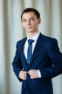 Виктор Симонов