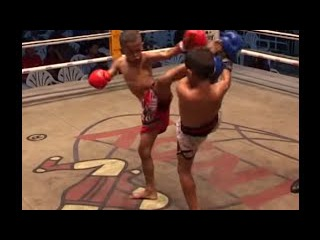 3 - fight-3 round 2 to 5, kids Muay Thai Pattaya Thailand 2005
