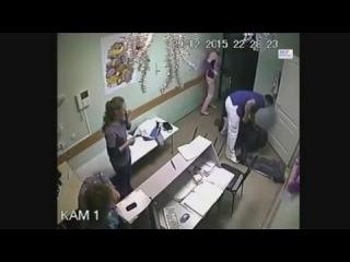 Эксклюзив Врач убил нетрезвого пациента за оскорбление санитарки (Белгород) Видео камеры наблюдения