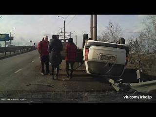 Пьяный житель Иркутска вышел без травм из страшной аварии. (27.03.2016)