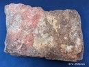 Найденная плитка с фрагментами палеолитических рисунков