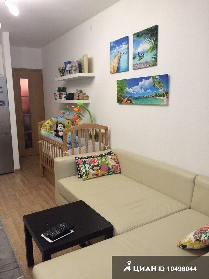 Квартира-студия 24 м (комната 18 м) в Санкт-Петербурге.