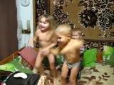 Семья Бровченко. Развивающие фильмы Baby Einstein - ОЧЕНЬ хороший для деток.