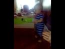 Тимошик учится ходить