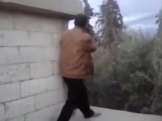 18+(Сирия).Снайпер снимает боевика