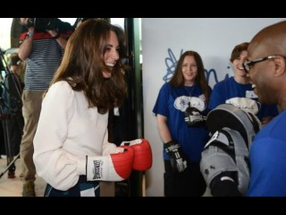 Duchess Kate, Prince William, Prince Harry Launch 'Heads Together' by Trying  Out Boxing!