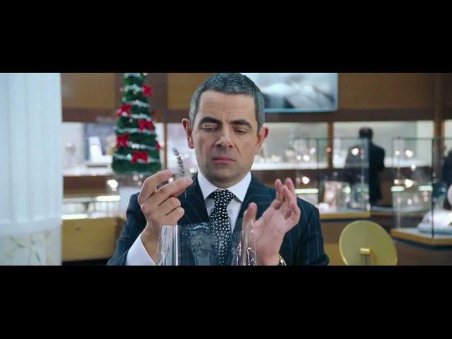 Rowan Atkinson (Rufus) - Gift Wrapping - (Love Actually)