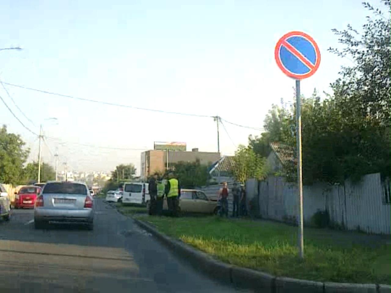 Салтовские водители не перестают удивлять (ФОТО, ВИДЕО)