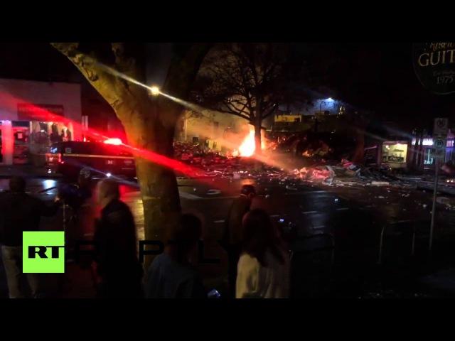 США Девять травмированных и три здания выровненные в результате взрыва газа в Сиэтле